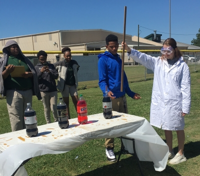Livonia High School Chemistry Students Conduct Minty and Refreshing Experiment